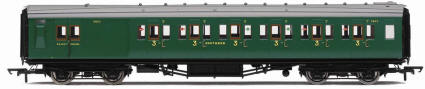 Hornby Model Railway Trains - R4339A R4339B 4339C SR Maunsell 6 Compartment 3rd Class Brake High Window Coach
