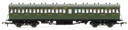 Hornby SR 58' Maunsell Rebuilt (Ex-LSWR 48�) Nine Compartment Lavatory Third Class Coach, SR Olive - R4720