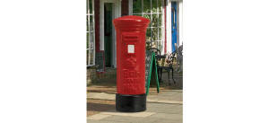 Hornby Skaledale Post Box - R8579