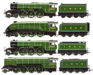 Hornby 'The Sir Nigel Gresley Collection' - R3500