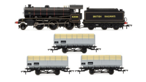 R3671 - Hornby BR 2-6-0 '62006' K1 Class Wagon Train Pack