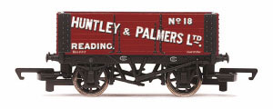R6814 - Hornby 'Huntley and Palmers Ltd' - 6 Plank Wagon
