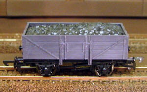 Dapol Model Railway Wagon - Unpainted 5 Plank Wagon - A001