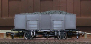 Dapol Model Railway Wagon - Unpainted 20T Mineral Wagon - A009