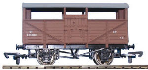 Dapol Model Railway Wagon - BR Cattle Wagon - B501A