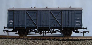 Dapol Model Railway Wagon - Dapol  BR Blue Fruit D Wagon - W38103 - B753A