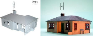 Dapol Model Railway Plastic Kits - Dethatched Bungalow - C021