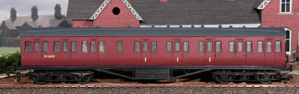 Dapol Model Railway Plastic Kits - Stanier 57' Non Corridor Coach Kit - C095C