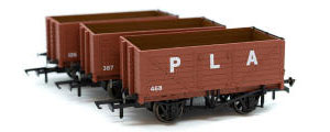 GV6015 - Golden Valley Hobbies - Port Of London 7 Plank Open Wagons (3 pack)