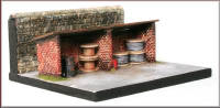 Knightwing Model Railway Metal Kits - Outside Storage Shelter - B63