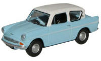 New Modellers Shop - Oxford Diecast - Light Blue and Ermine White Ford Anglia - 76105007