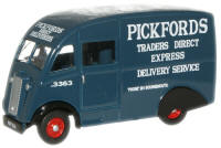 76CM002 - Oxford Diecast Pickfords Commer Q25