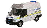 New Modellers Shop - Oxford Diecast - Ford Transit SWB Med - Garda - 76FT007