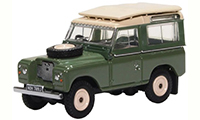 76LR2AS003 - Oxford Diecast Land Rover Series 2A Station Wagon Pastel Green