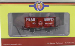 Oxford Rail - 7 Plank Mineral Wagon Fear Bros Staines No.95 -