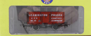Oxford Rail - 7 Plank Mineral Wagon Leamington Priors Gas No.10 - OR76MW7002