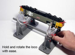 Proses - Rotating Loco Cradle OO HO or N scale models - PROLB-902