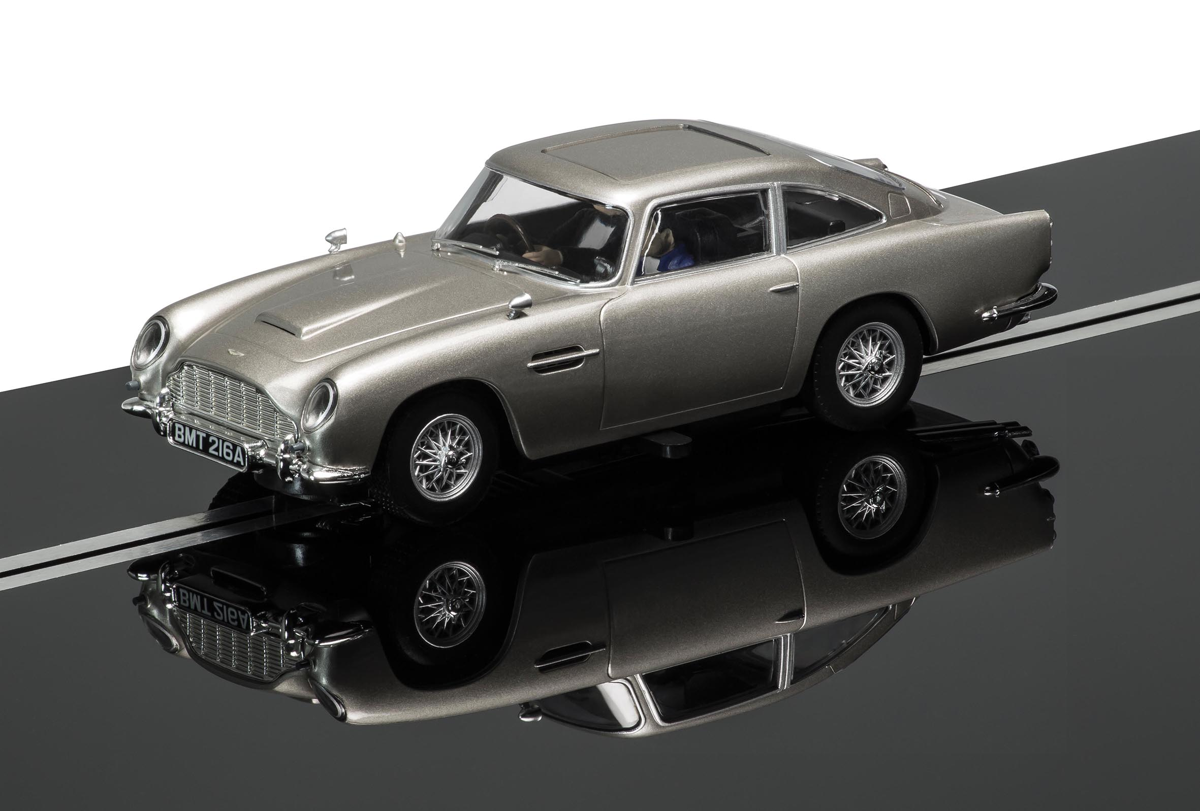 discontinued c3664a scalextric james bond aston martin db5 goldfinger limited edition. Black Bedroom Furniture Sets. Home Design Ideas